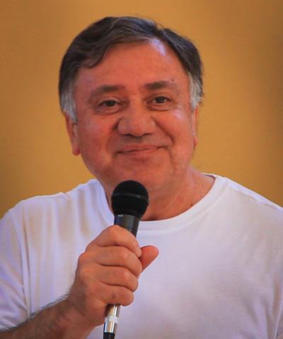 Robert-Gonzales2012-400w